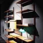 libreria a muro in legno