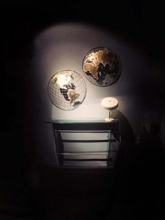 """NUOVI ARRIVI ~ consolle in vetro e """"le monde"""" opera in ottone /// www.serra9cent..."""